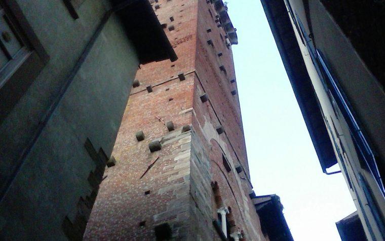 La torre col ciuffo: Torre Guinigi