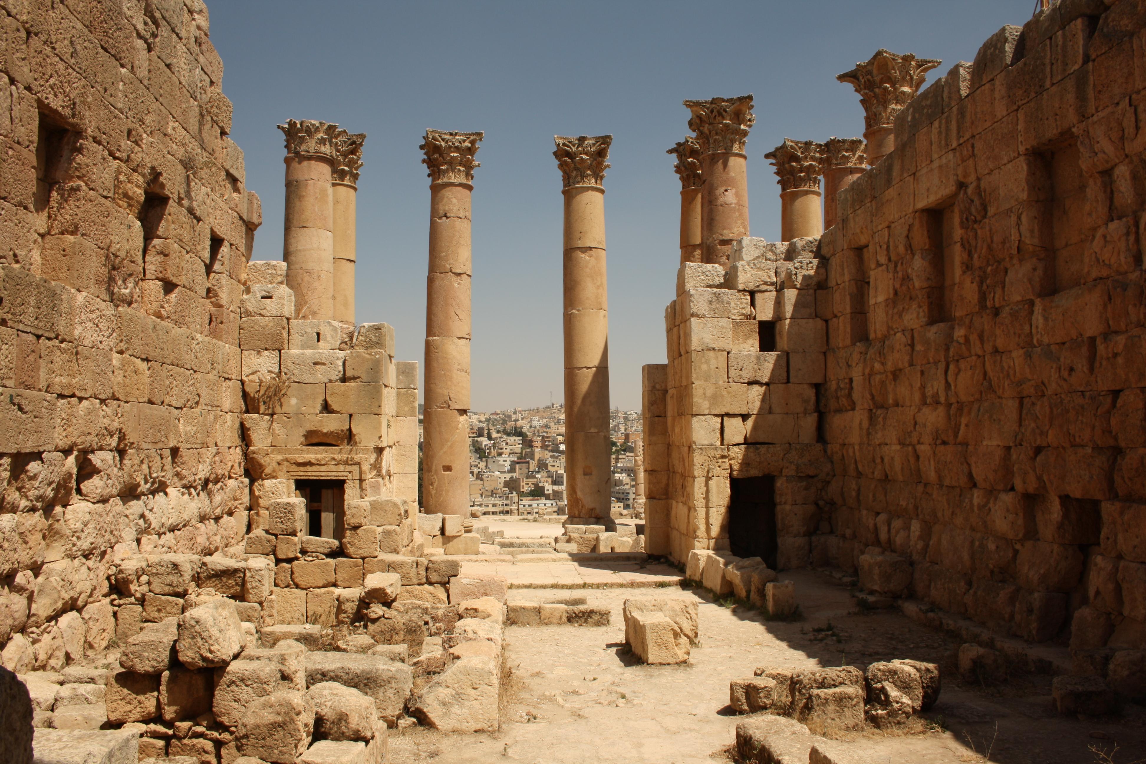 interno tempio di Afrodite