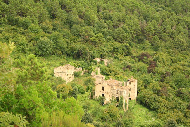 Il borgo abbandonato di Mirteto