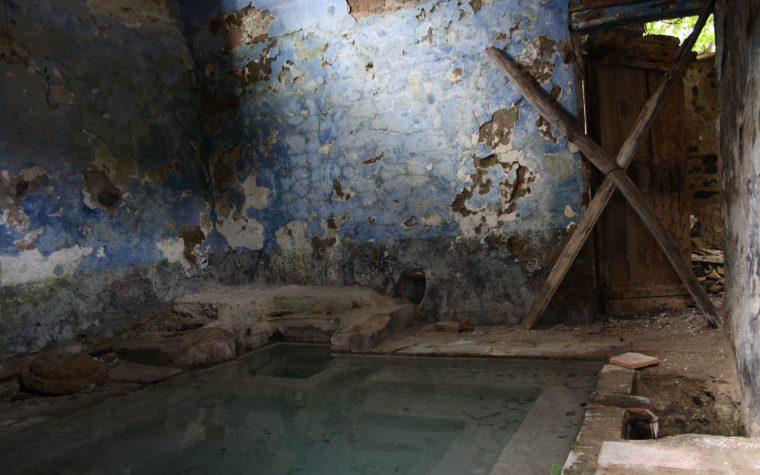 La vasca dimenticata di Bagni San Michele alle Formiche