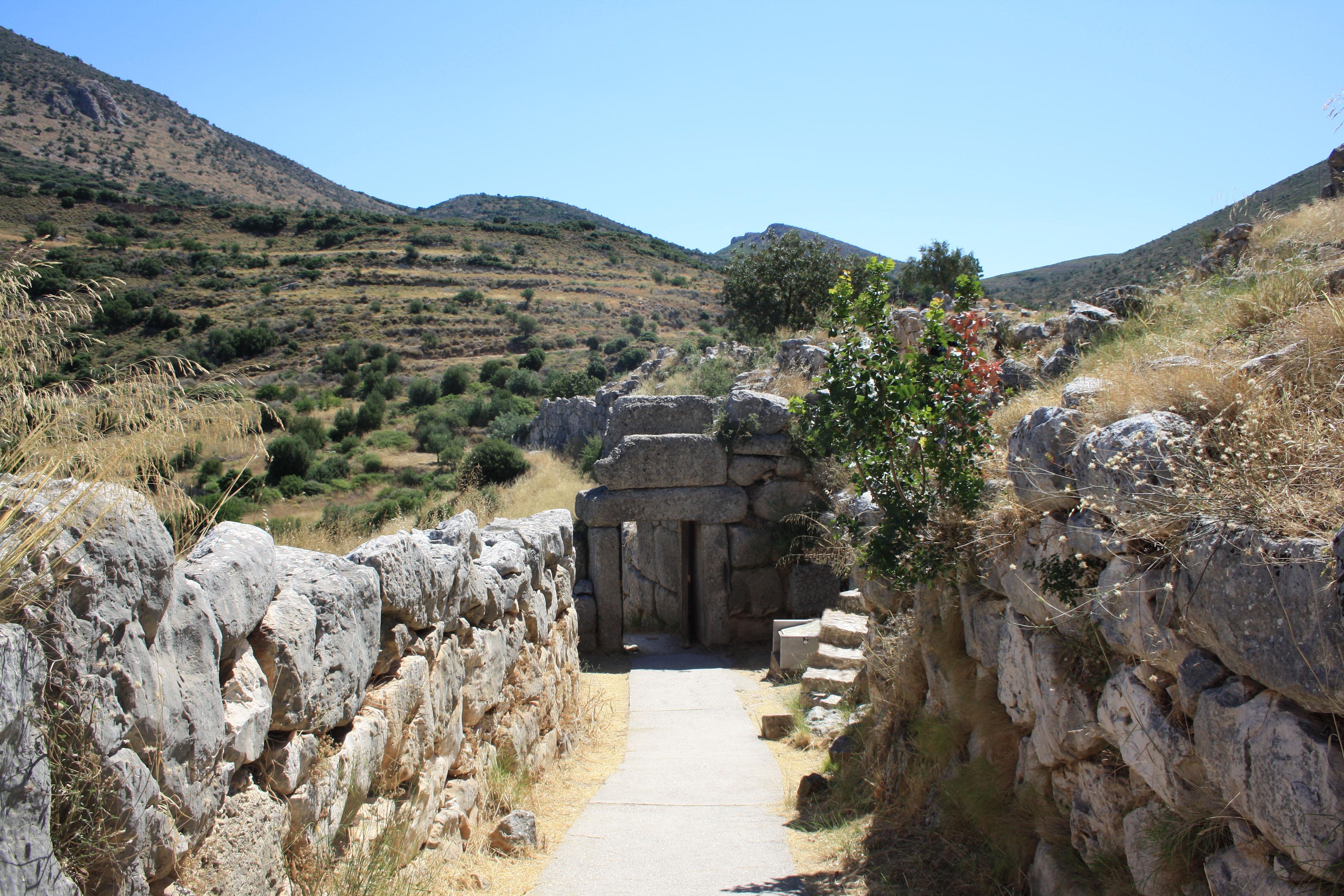 La Porta Posteriore, Micene