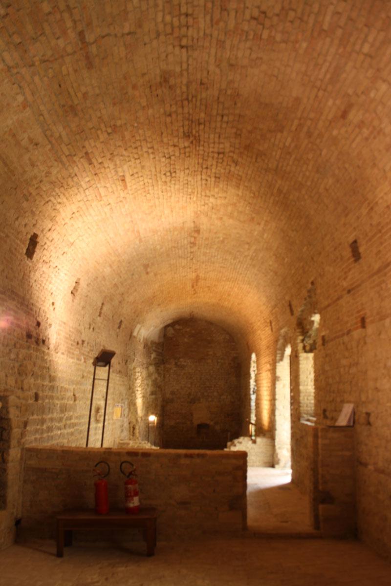 Rocca Sillana, interno