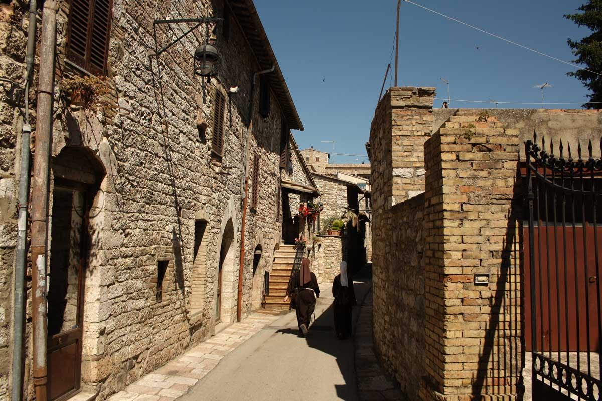 viuzze, Assisi