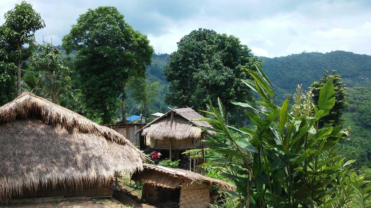 villaggio, Trekking nella giungla