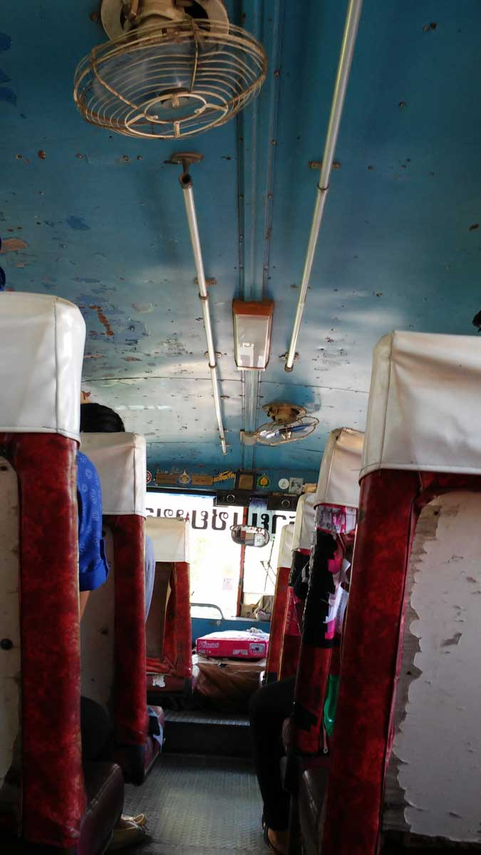Autobus Chiang Rai-Chiang Khong,