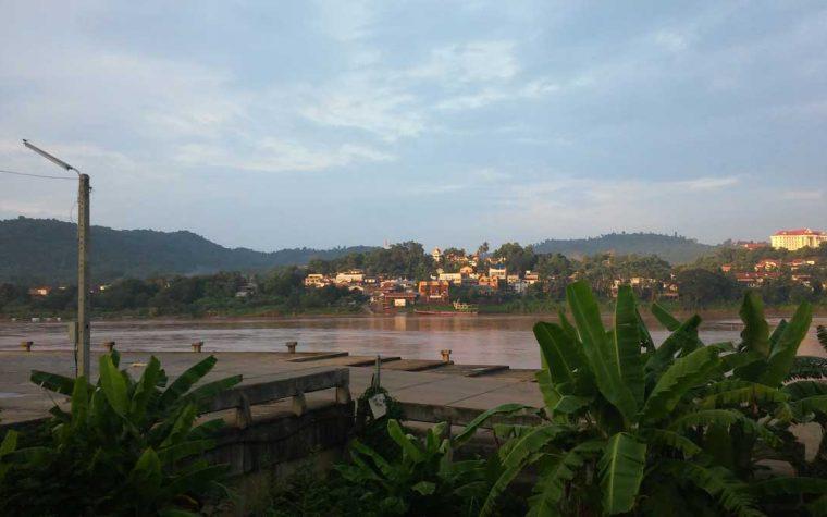 Una piccola cittadina di frontiera: Chiang Khong