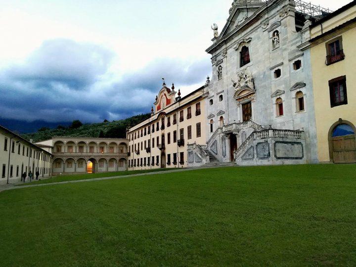 Interni Di Villa Certosa : Certosa dei cavalieri