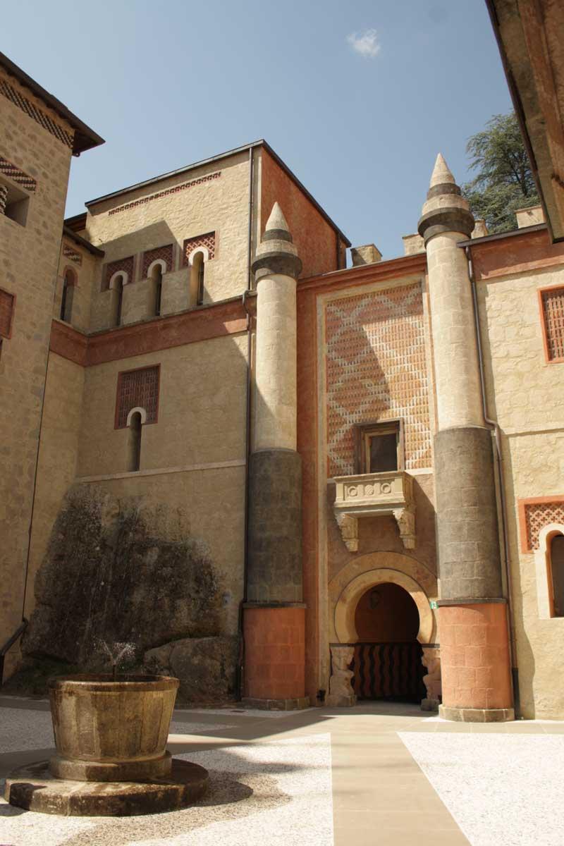 6 castelli imperdibili della Toscana e dintroni: Rocchetta Mattei