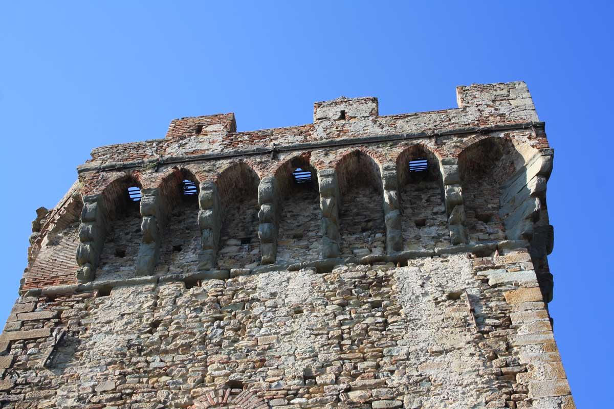 Vicopisano, particolare della Rocca