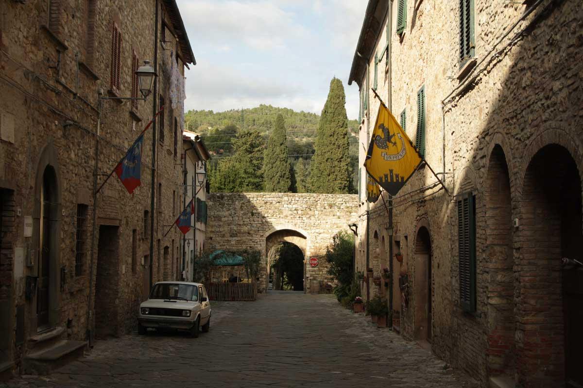 Itinerario tra i borghi della Val di Cornia, Suvereto