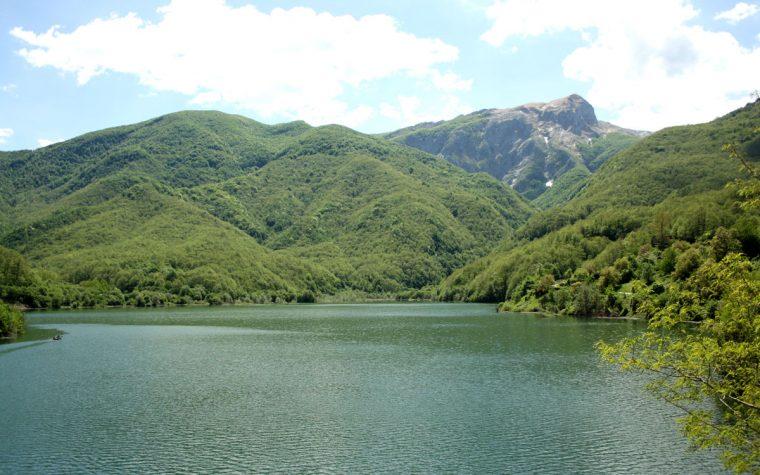 Il Lago di Vagli e il borgo sommerso di Fabbriche di Careggine