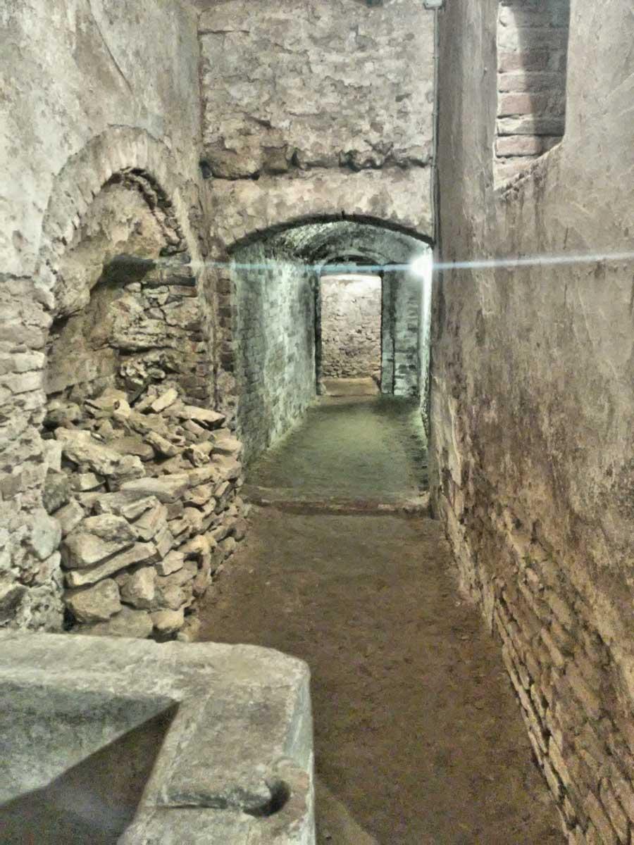 Museo della Civiltà Contadina a Montefoscoli. passaggio segreto medievale