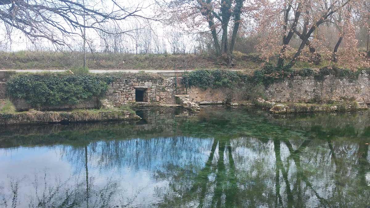 L'antica piscina de Le Caldane