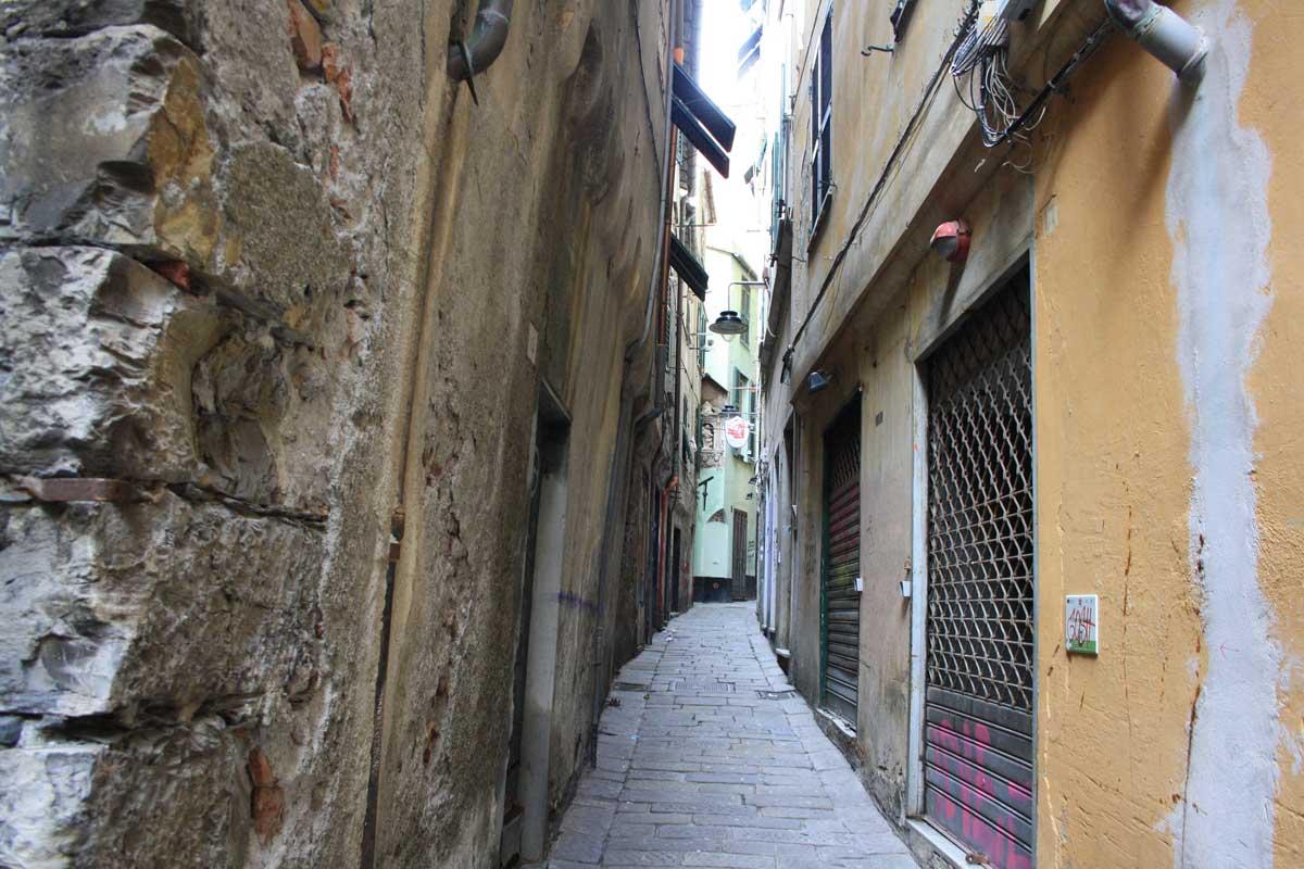 Un weekend a Genova, carrugi