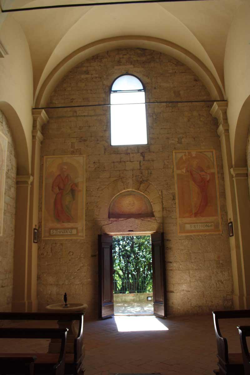 Interno della Chiesa di Badia di Morrona