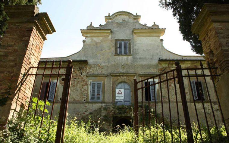 La villa abbandonata di Mirabella