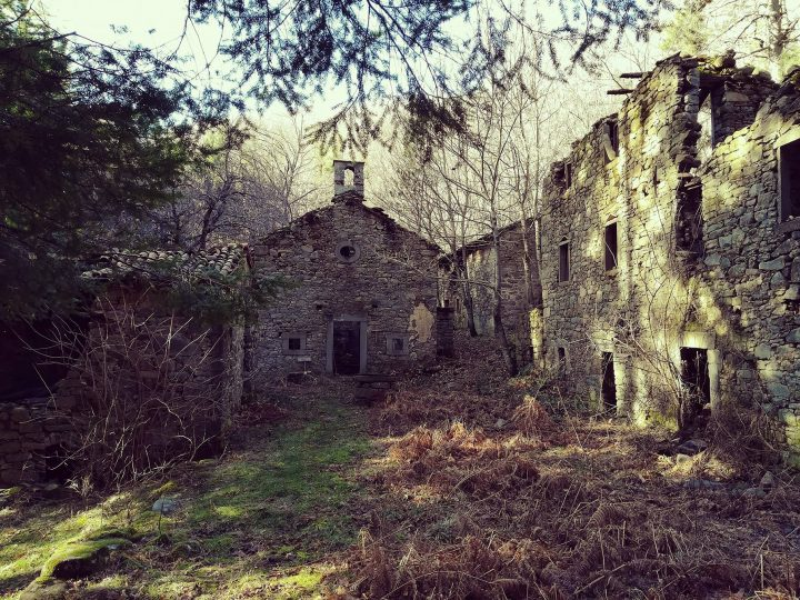 Ghost town in Toscana, Bacchionero