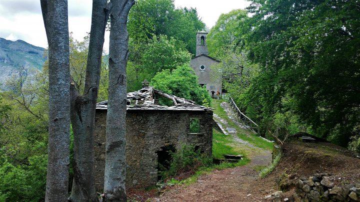 Ghost town in Toscana, Col di Favilla