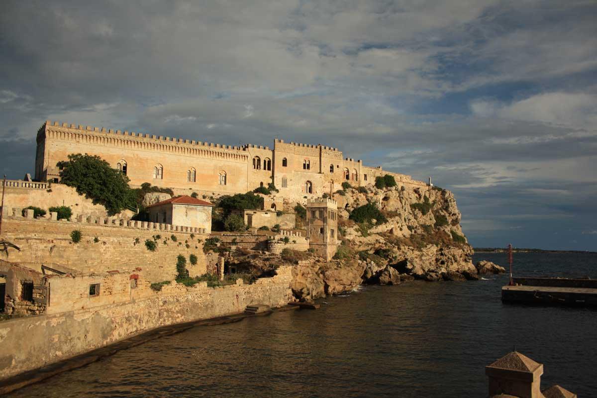 I caraibi in Toscana: isola di Pianosa, Forte Teglia