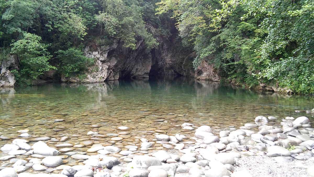 La Laguna blu e il Canyon Park sul torrente Lima