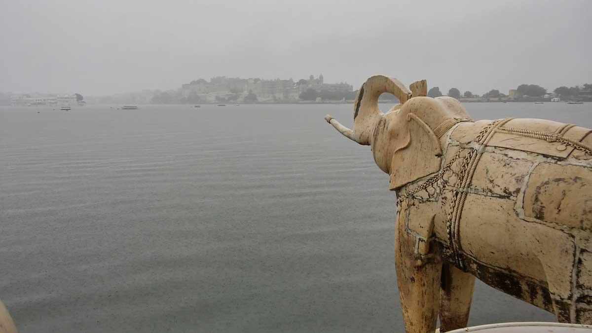 Udaipur, la Venezia d'Oriente, isola di Jagmandir