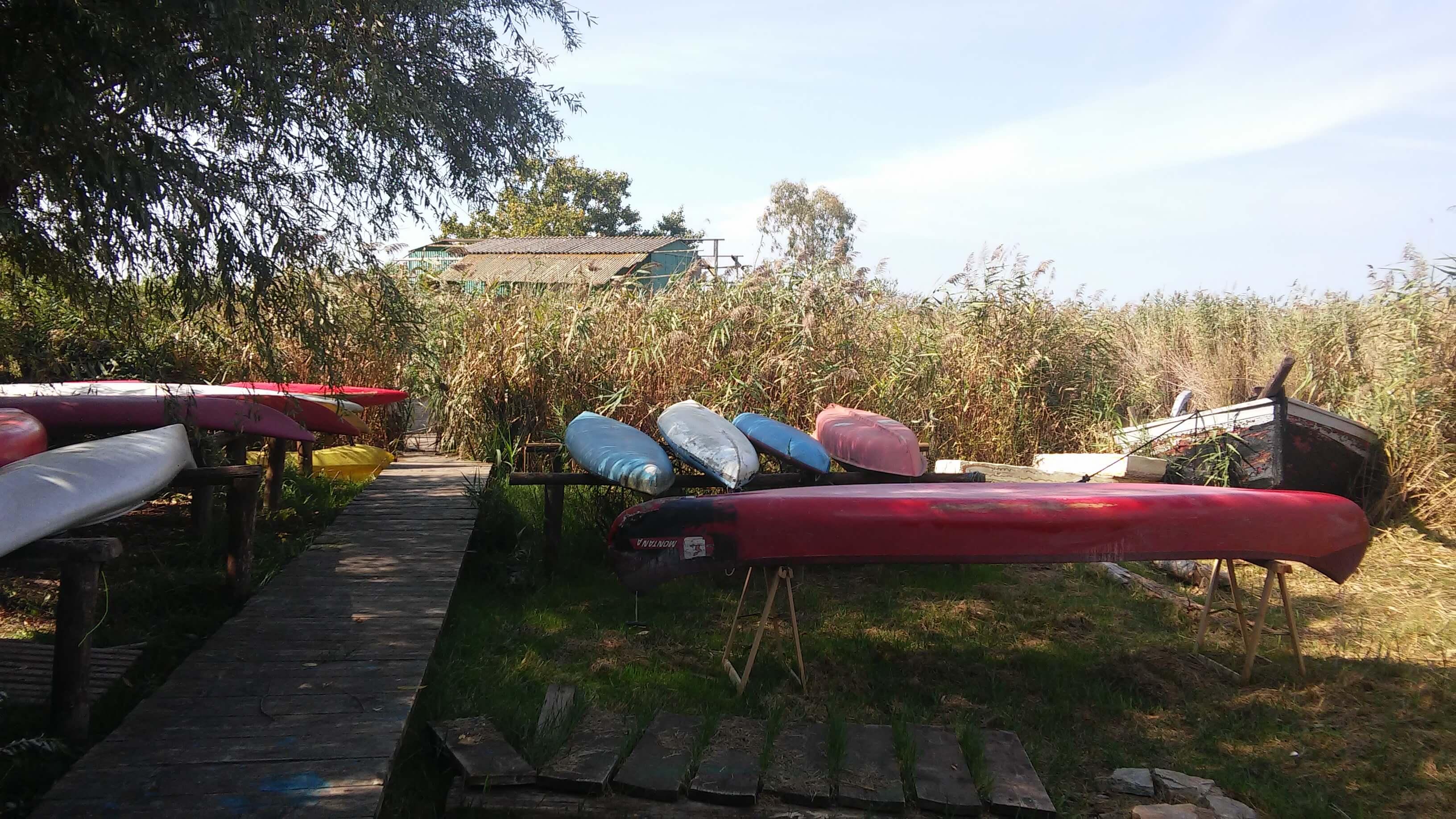 Lago Di Massaciuccoli, Oasi Lipu, rimessaggio canoe e kayak