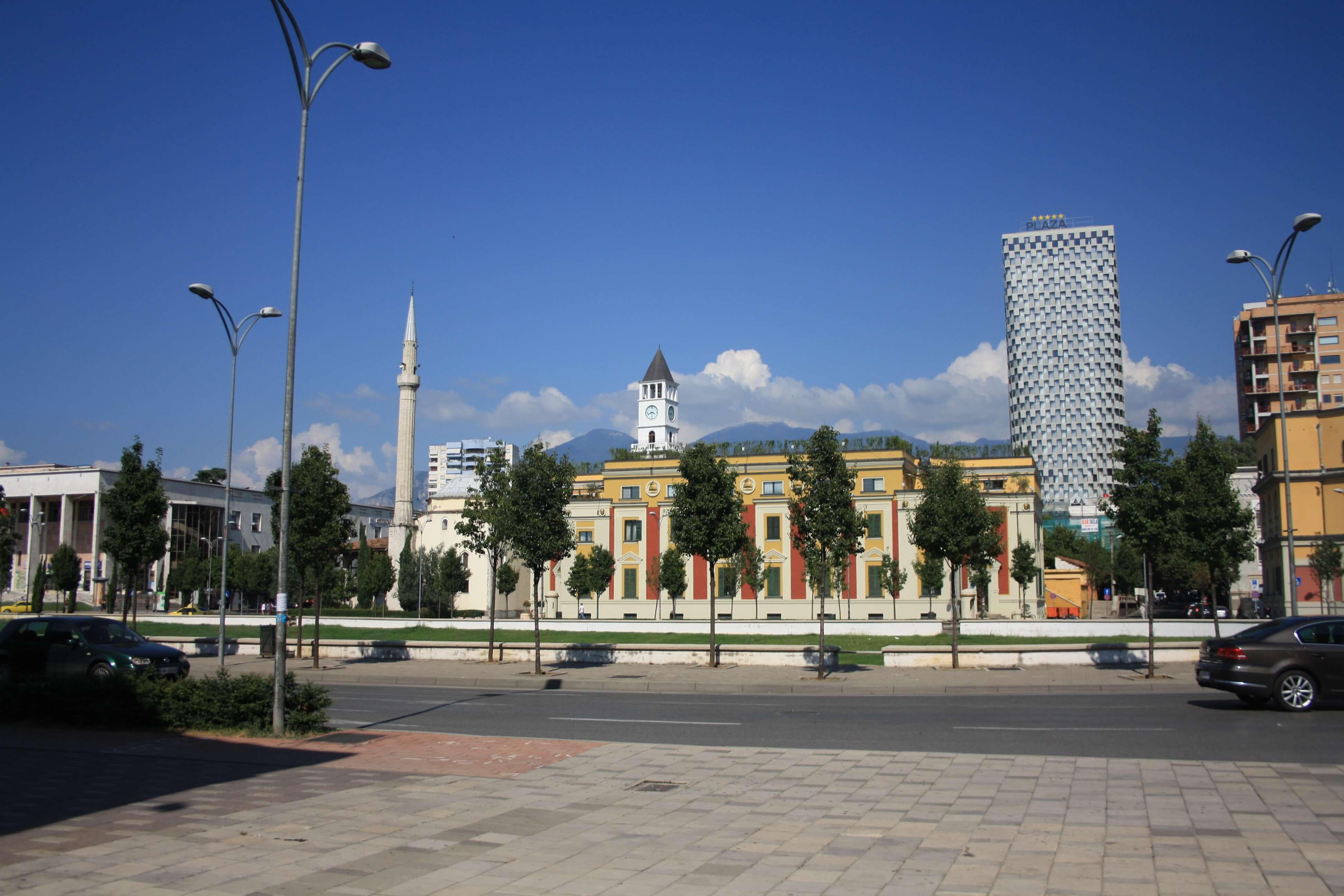 Tirana dove andare