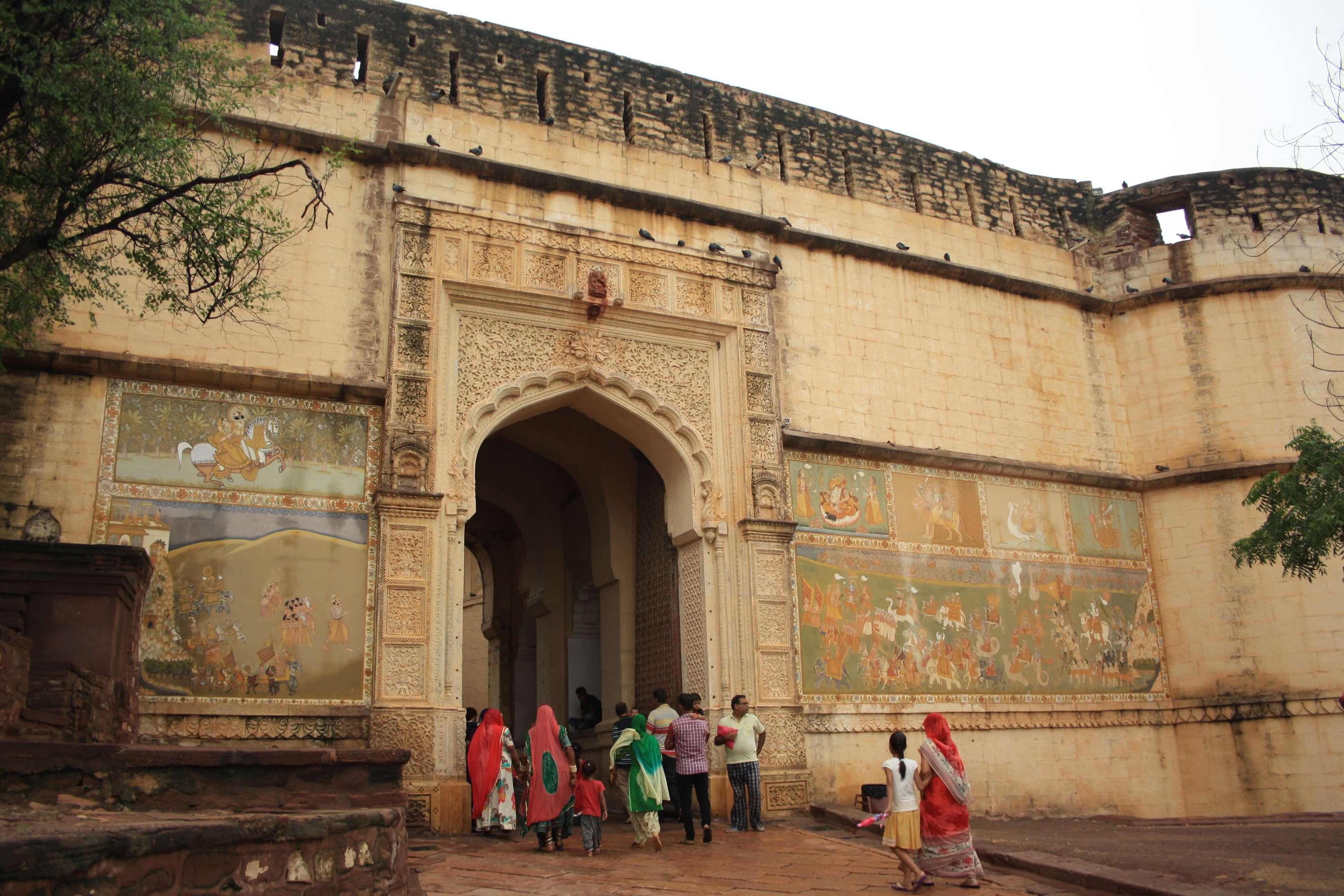 La città blu del Rajasthan: Jodhpur , ingresso al forte