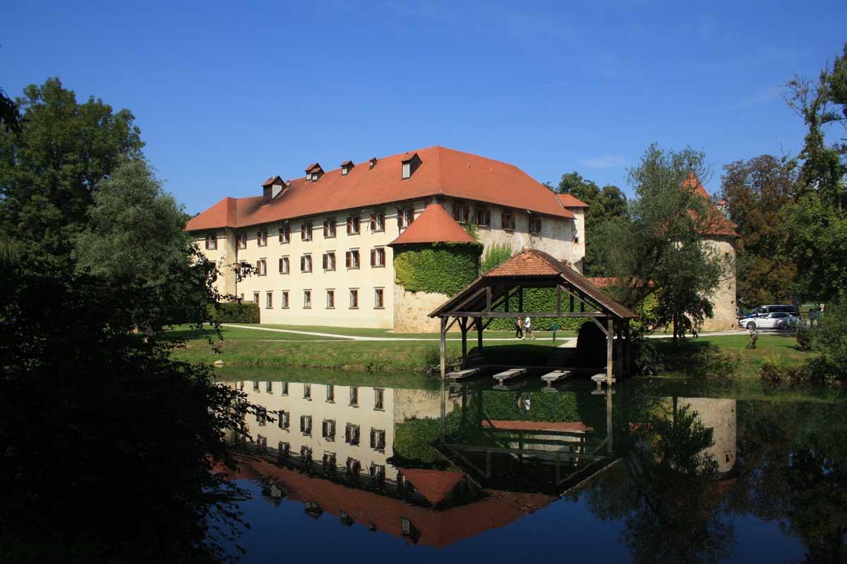 Slovenia, castello di Otocec