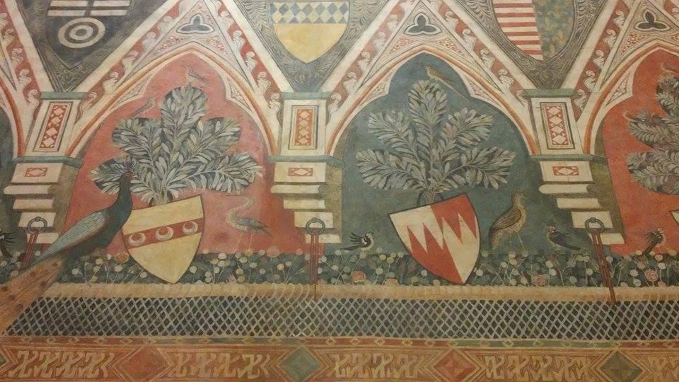 All'interno di una casa medievale fiorentina: Palazzo Davanzati, particolare della sala dei pavoni