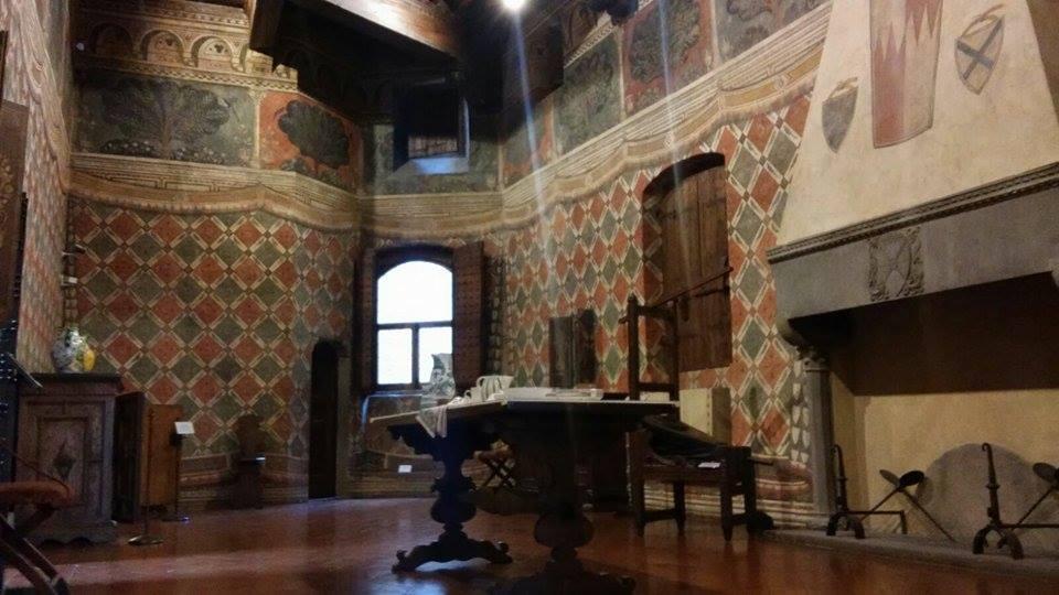 All'interno di una casa medievale fiorentina: Palazzo Davanzati, sala dei pappagalli