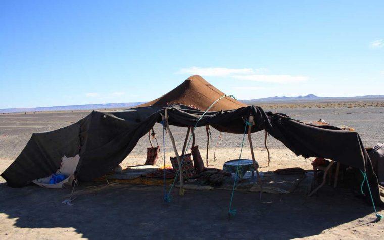 Dell'incontro con una nomade del deserto ed altre amenità intorno a Merzouga