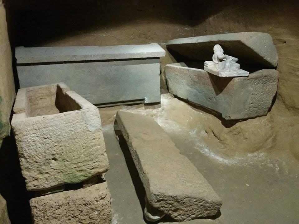 Toscana underground: interno della Tomba della Pellegrina a Chiusi