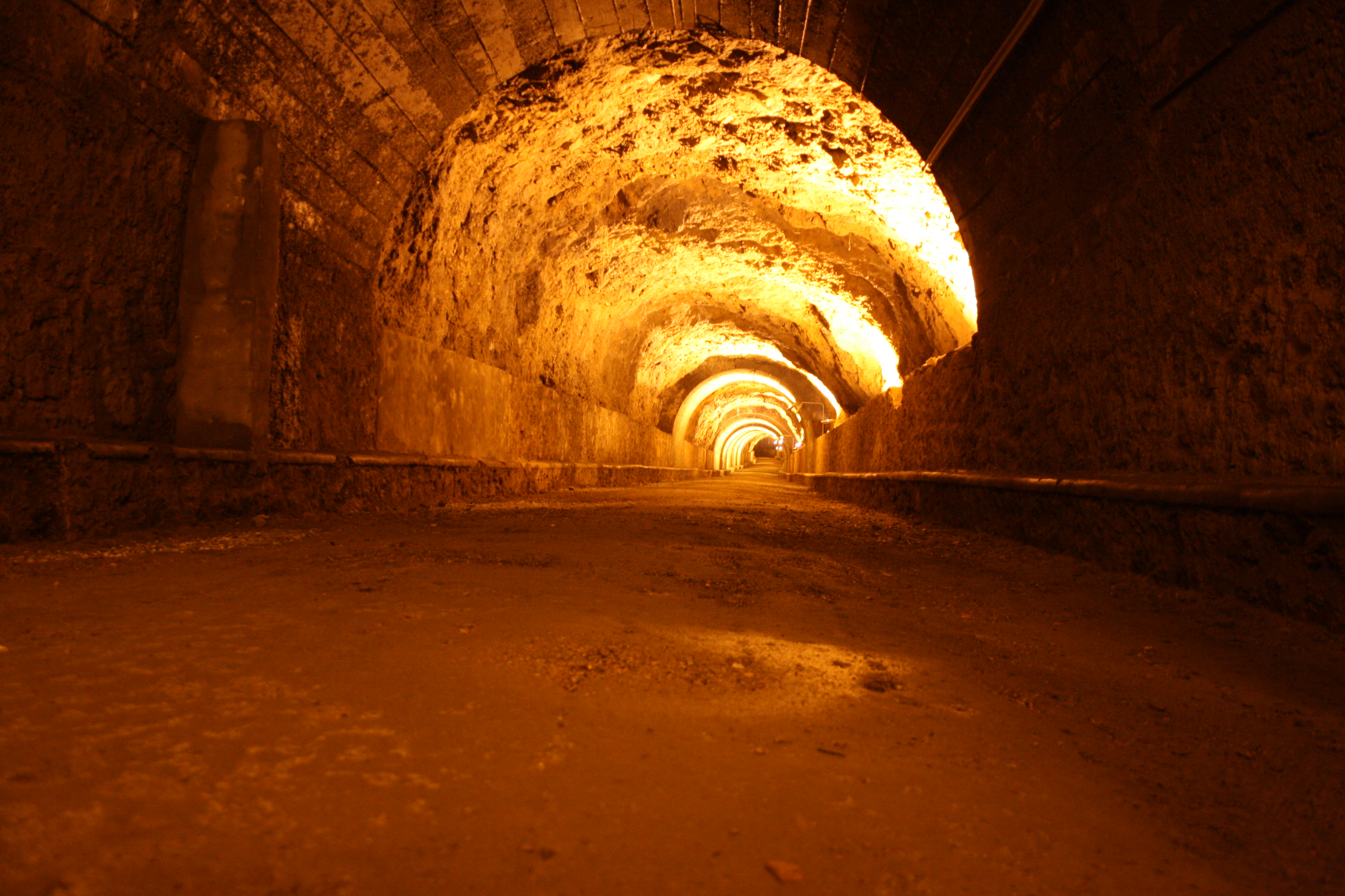 Toscana underground: Rifugio della Martana