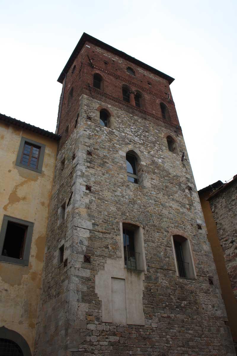 Palazzo alla Giornata, Torre Lanfreducci