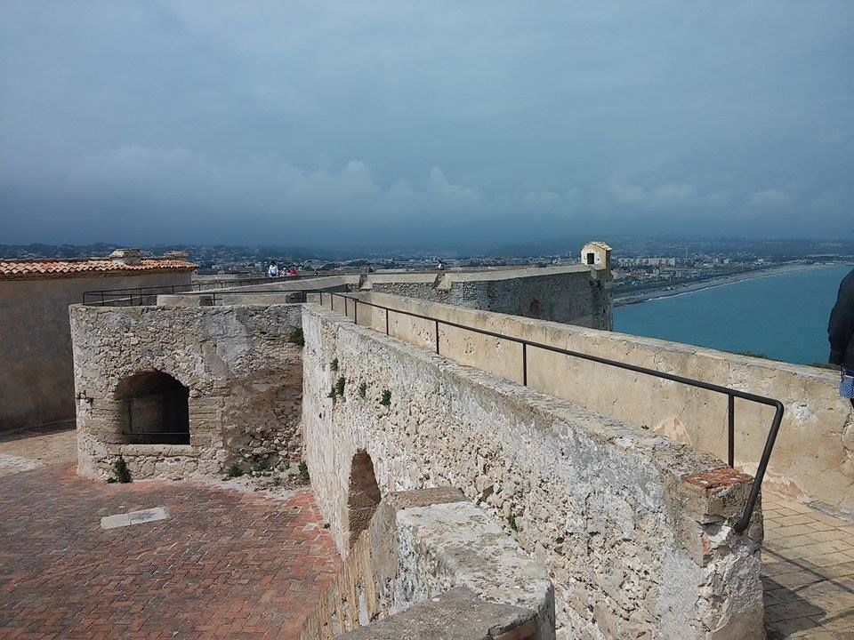 Fort Carrè