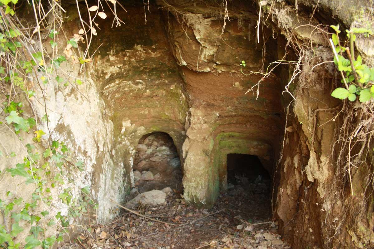 Norchia Antica, tomba di due fratelli