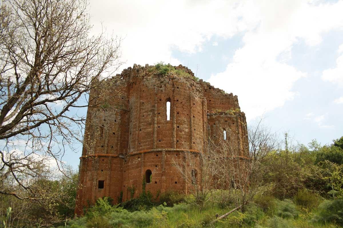 Norchia Antica, Chiesa medievale