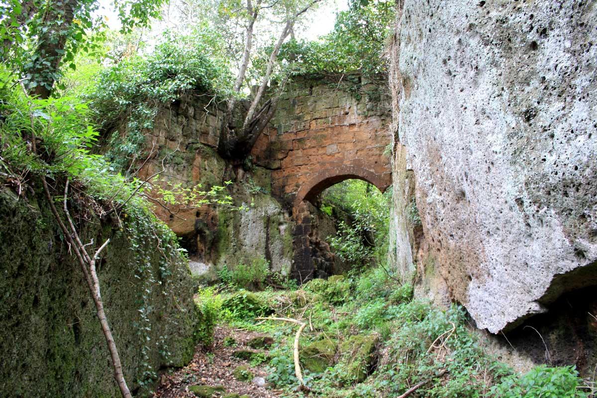 Norchia Antica, porta d'accesso al paese