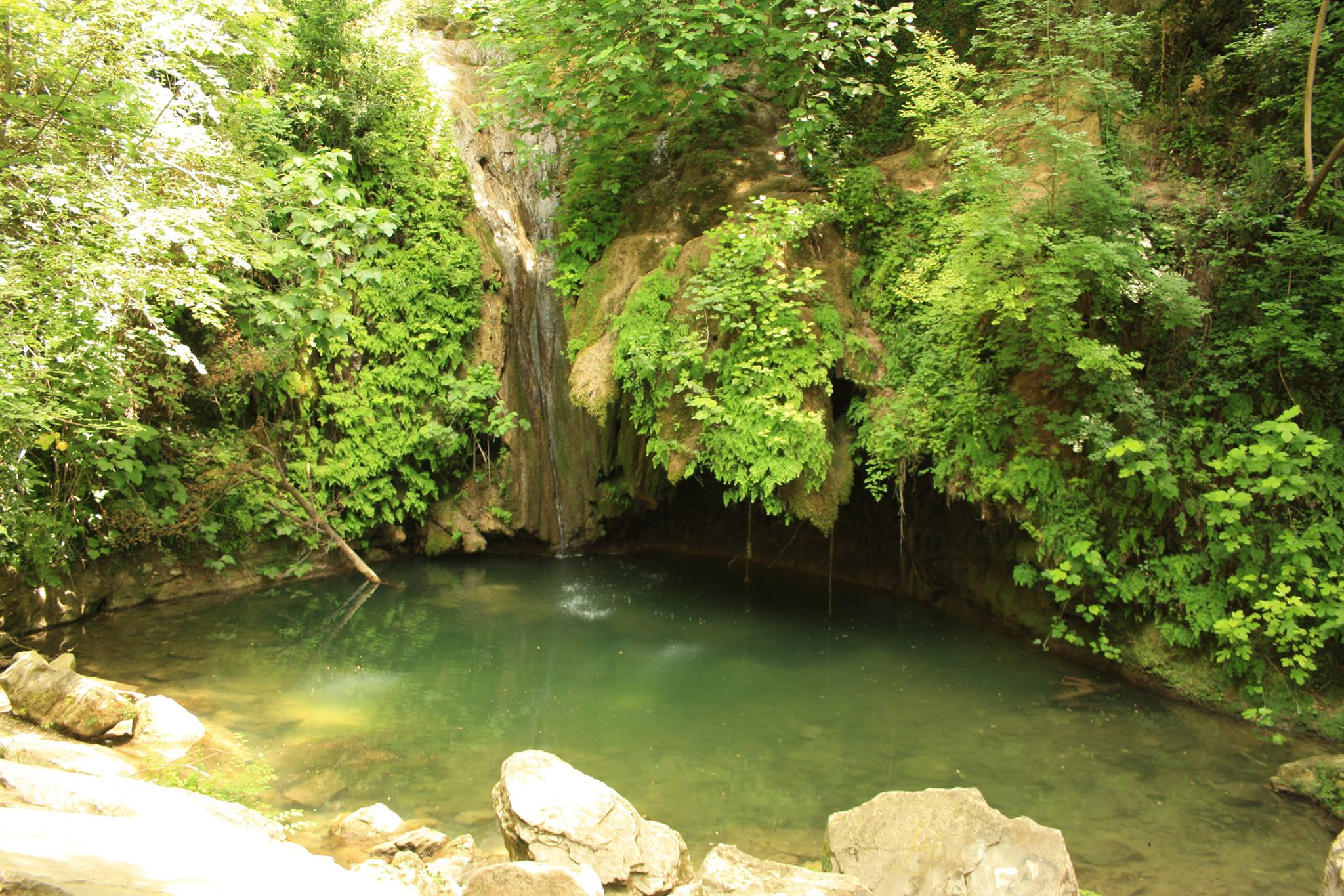 Pozzo della Morte e Cascate di Rio Buti