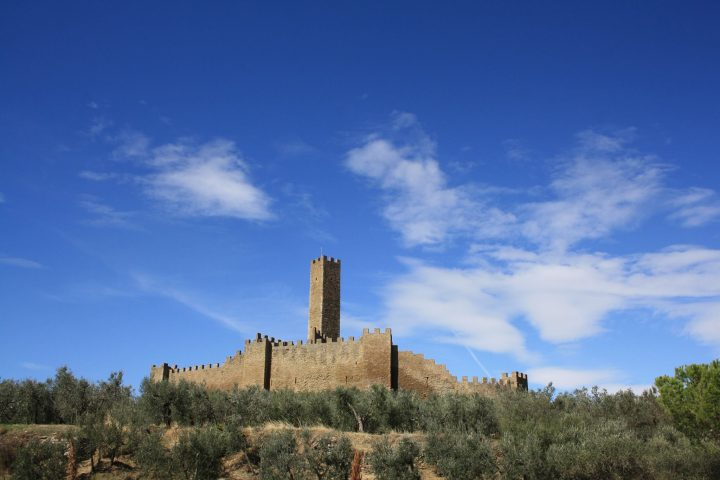 Il castello di Montecchio Vesponi e il capitano John Hawkwood | I Rintronauti: due toscani in viaggio