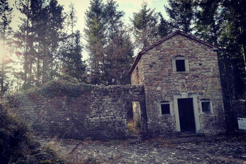Il borgo disabitato di Bergiola